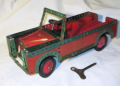 MECCANO LAND ROVER - CLOCKWORK DRIVE - 1950's - KEY INCLUDED