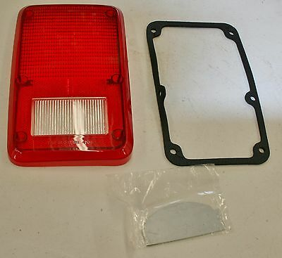 1978-93 Dodge Plymouth Van Stop Tail Turn Lens, Gasket and Divider Plate Left