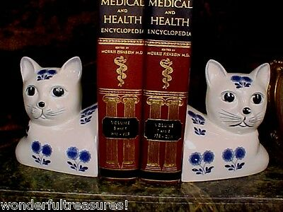 ADORABL Weighted Ceramic Porcelain Kitty Cat Bookends Cobalt Blue White SO CUTE!