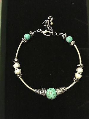 Turquoise and silver braclet