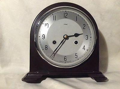 Bakelite Smiths Enfield 8Day Mantle Clock With Pendulum & Key In  E.w.o Bk03
