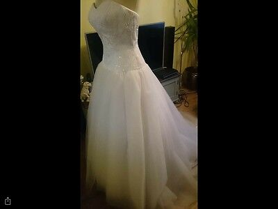Joblot Wedding Dresses Mixed Sizes All Brand New With Tags Designer