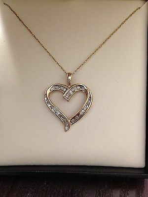 10 K Gold And Diamonds Heart Necklace