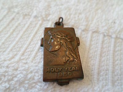 Vintage 1950 Holy Year Aluminum Necklace Charm Jesus Crown Thorns Pope Paul Xii
