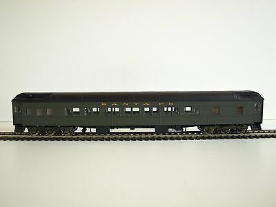 Walthers RTR HO Pullman Heavyweight, 14 Section. Santa Fe