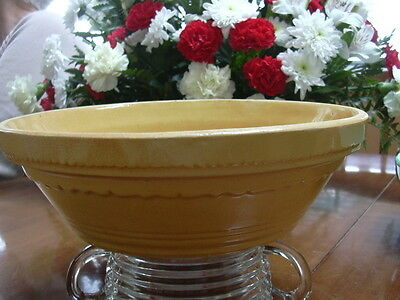 """Medalta  Medicine Hat Alberta #8 Extremely rare shallow mixing bowl 3"""" in height"""