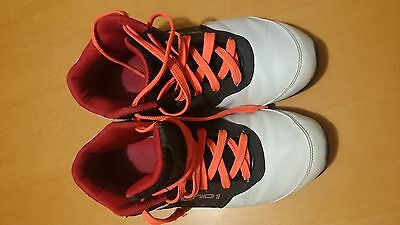 BE chaussures de basket ball AND 1 taille 38