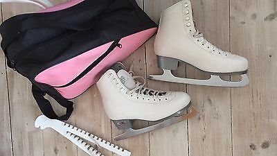 Adult Size 6 Sovereign Ice Skates Plus Bag