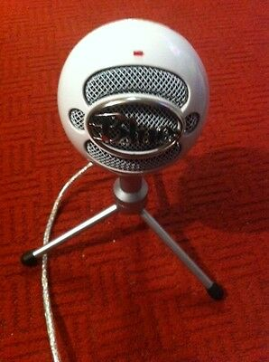 Blue Snowball Ice Microphone For Pc Or Laptop