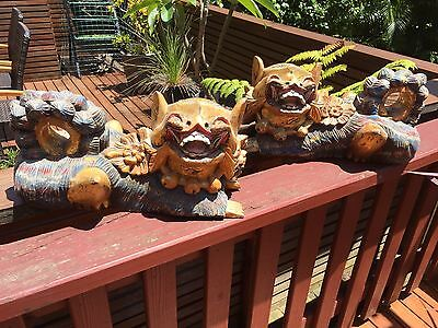 VINTAGE PAIR OF FOO LIONS TEMPLE DOGS HAND CARVED WOOD - 1980's