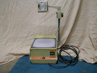 3M Visual Products 413 213 Overhead Projector