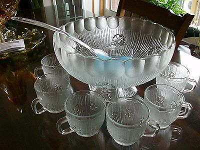 VINTAGE INDIANA CRYSTAL DEPRESSION GLASS PUNCH BOWL AND 6 CUPS+dessert plate