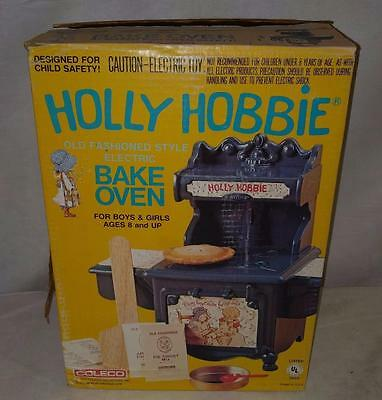 Vintage Holly Hobbie Old Fashioned Style Electric Bake Oven 1976 Coleco 7360 NEW