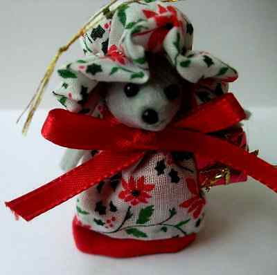 Poinsettia Christmas Mouse Ornaments Handmade Mice Rat Roden 2 3/4 inches tall
