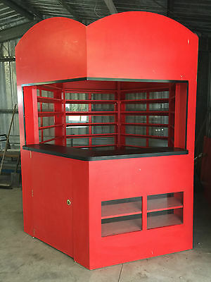 Commercial Sales Display Kiosk (Booth or Bar)