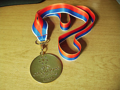Manchester United 1999 Champions League Medal C/w Ribbon