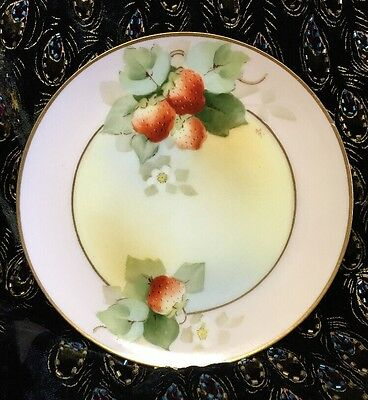 """W A Pickard Hand-Painted & Signed 6 5/8"""" Plate Dish with Strawberries Gold Leaf"""