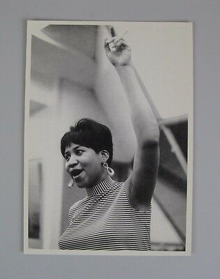 Aretha Franklin  Vintage Postcard  / American singer, songwriter and musician