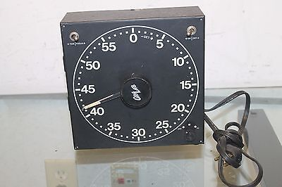 Gra Lab Universal Model 168 Glow In The Dark Face Darkroom Timer Dimco Gray
