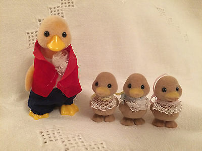 Sylvanian  Families  FATHER DUCK AND TRIPLETS - USED
