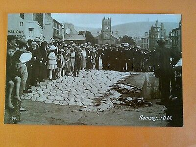 1920s RP CROWD AT RAMSEY HARBOUR FISH MARKET ISLE OF MAN REAL PHOTO MANX I.O.M.