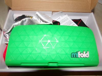 mifold Grab-and-Go Car Booster Seat  Green
