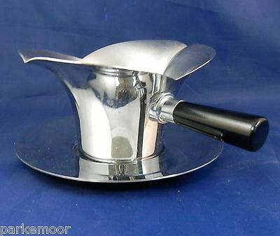 PV01931 Art Deco Chase Chrome LOTUS Sauce / Gravy with Liner