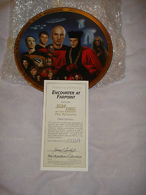 "Star Trek The Next Generation ""Encounter at Farpoint"" Collectors Plate"