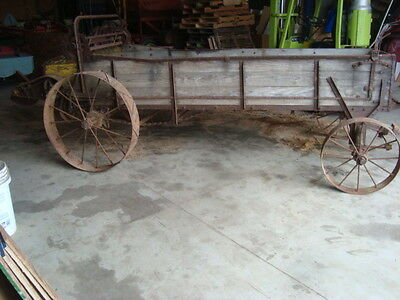 Antique 4 Wheel Horse Drawn Manure Spreader Yard Estate Decor Ornament Wagon