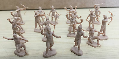 17 Cereal toy soldiers Plastic mini figures 2-3cm