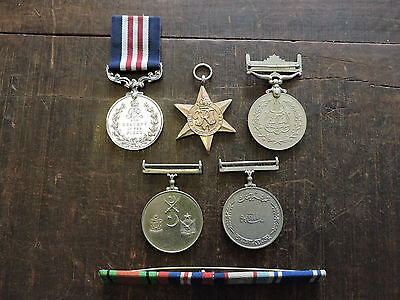Assorted Military Badges Real/replica Set - 6 Total