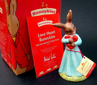 Royal Doulton Love Heart Bunnykins Figure DB288 New with Box & Certificate