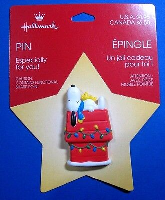 Vintage Hallmark Peanuts Snoopy & Woodstock on Lighted Doghouse Lapel Pin NEW!