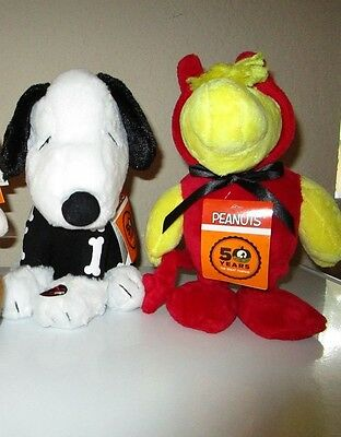 Peanuts 50 Year Anniversary Animated & Musical Snoopy & Woodstock