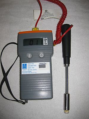COMARK C9007 Digital Thermometer with SK24M surface Probe (-10 to 200 Deg C)