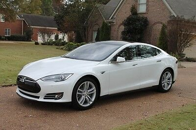 2014 Tesla Model S 85 One Owner Perfect Carfax S85 Extended Range Battery Michelin Tires MSRP $98220