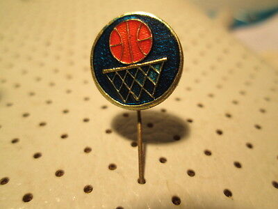 Basketball pin badge