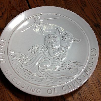"""Frankoma Pottery-1989 Christmas Plate - """"The Blessing Of Christmas"""""""