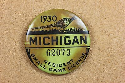 Antique Michigan Small Game License Button / Badge 1930 Whitehead & Hoag Co.