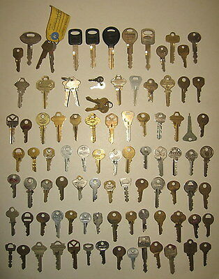 Lot of 94 Vintage Mixed Keys Car Lock Atlas Abus Master Ford Hudson Weiser Reese