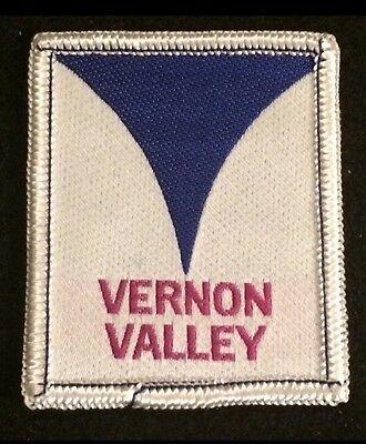 VERNON VALLEY aka MOUNTAIN CREEK Skiing Patch NEW JERSEY Lost Name Travel MINT!