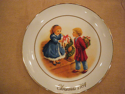 """""""Celebrating the Joy of Giving"""" Collector Plate~Avon 4th Edition 1984~ Look!!!"""