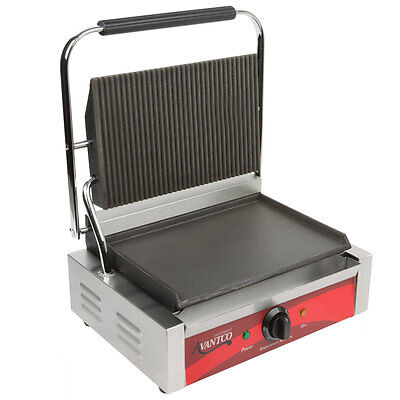Avantco P75SG Grooved Top and Smooth Bottom Commercial Panini Sandwich Grill