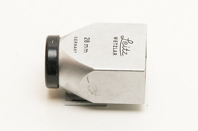 111-023	Leitz - Leica -Viewfinder 28 Mm  - Metalic - Chrome - Code Slooz - In Bo