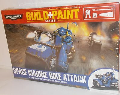 Warhammer 00082 - Build + Paint - Space Marine Bike Attack - New. (Kit)