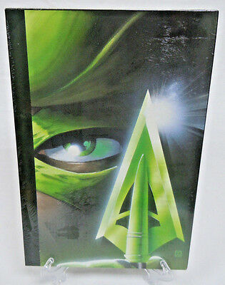 Absolute Green Arrow Kevin Smith Volume 1 DC Comics Hard Cover HC New Sealed