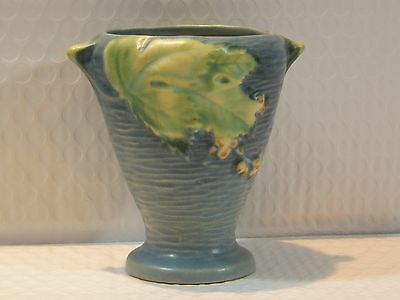 Roseville Blue Bushberry Vase, 28-4