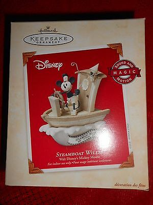 Hallmark Ornament NEW IN PKG BOX~MAGIC MOTION~2003 STEAMBOAT WILLIE Mickey Mouse