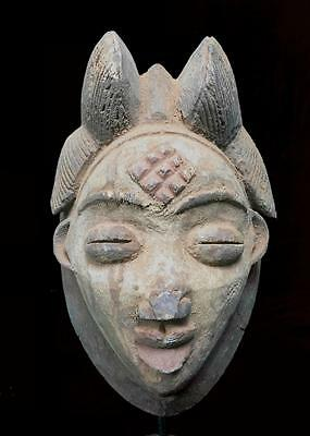 Old Tribal Punu Maiden Spirit Mask  -----  Gabon  BN 32