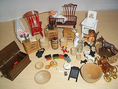Mixed Lot Dollhouse Miniatures Furniture & Accessories  1:12 Scale Most